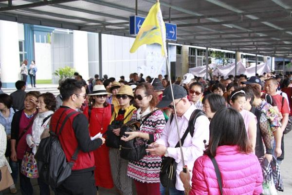 Tiết lộ mức thu nhập của hướng dẫn viên du lịch quốc tế