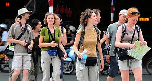 Học nghề hướng dẫn du lịch để nắm bắt cơ hội việc làm