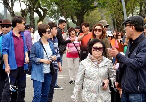 Triển vọng nghề hướng dẫn viên du lịch tiếng Hàn
