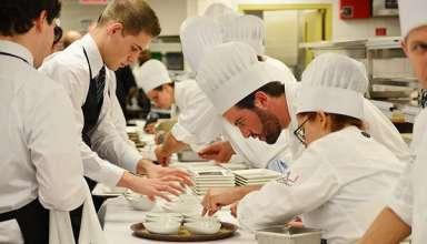 Để trở thành đầu bếp giỏi cần những kỹ năng nào?